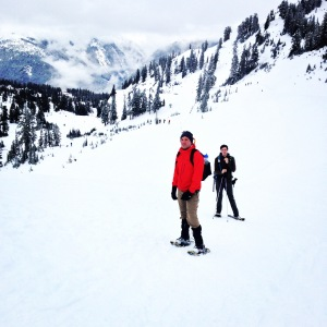 Jared and Tyler on snowshoes, halfway up to Artist Point